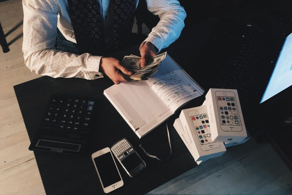 How to improve your financial health in 2021