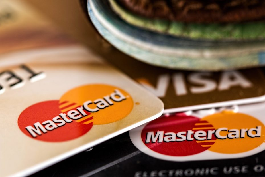 What Is The Best Strategy To Avoid Paying Interest On Your Credit Cards